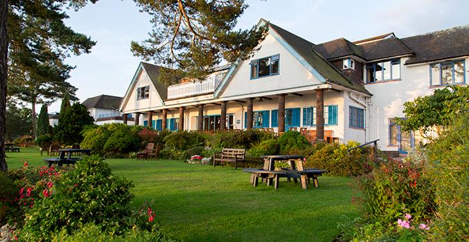 Knoll-House-Hotel.jpg